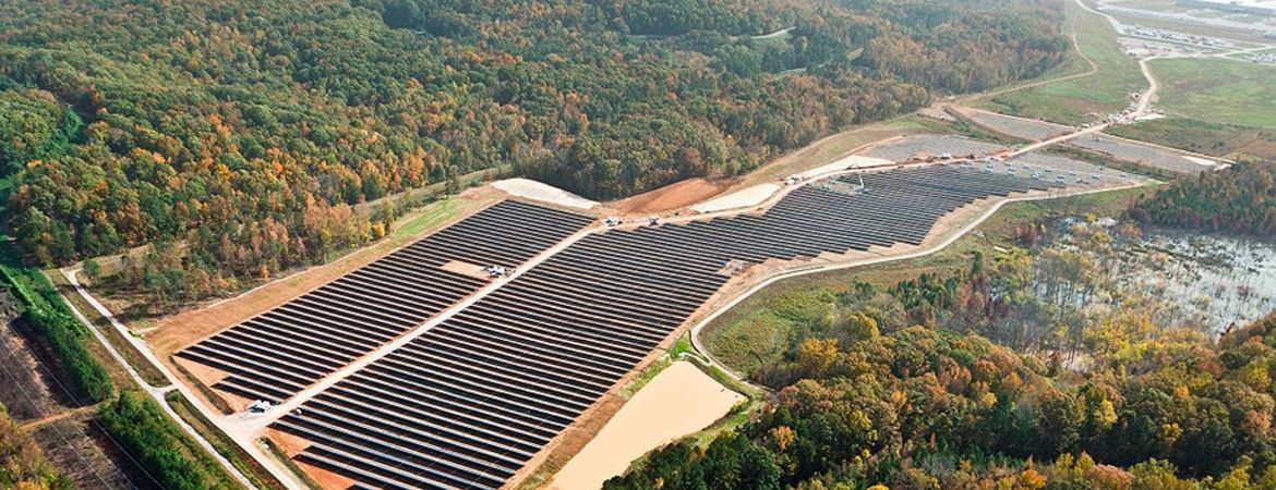 Chattanooga, Tennessee. USA - PV Power Plant